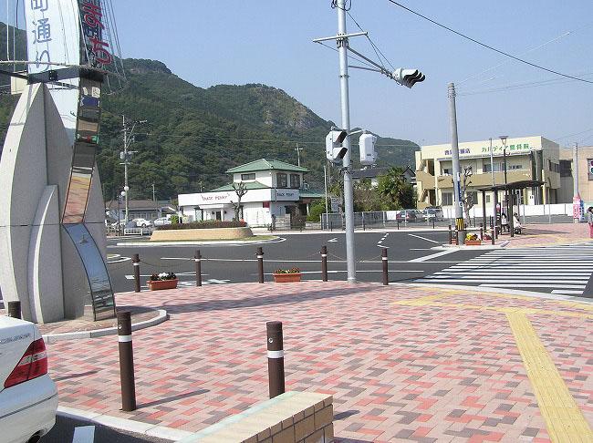 佐々駅前広場