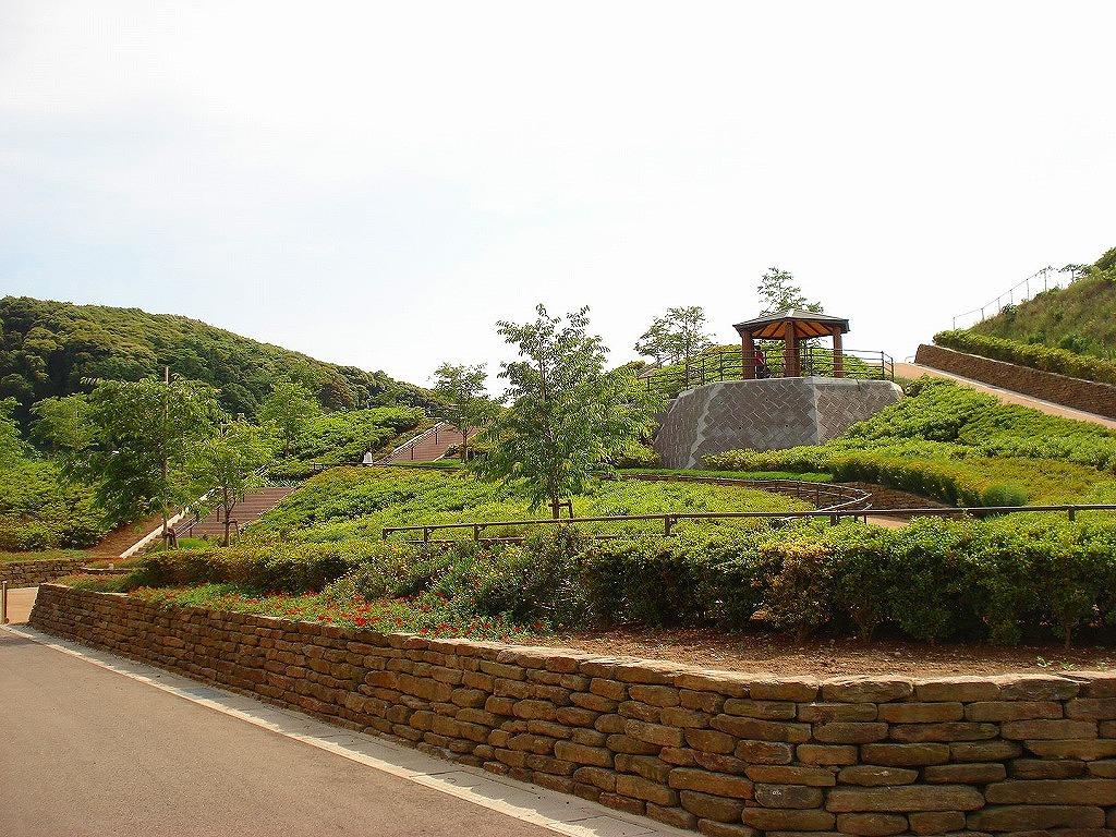 西海橋公園園地整備(園路工・階段工)