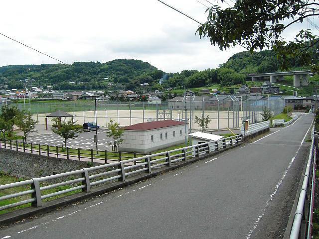 鈴田運動広場