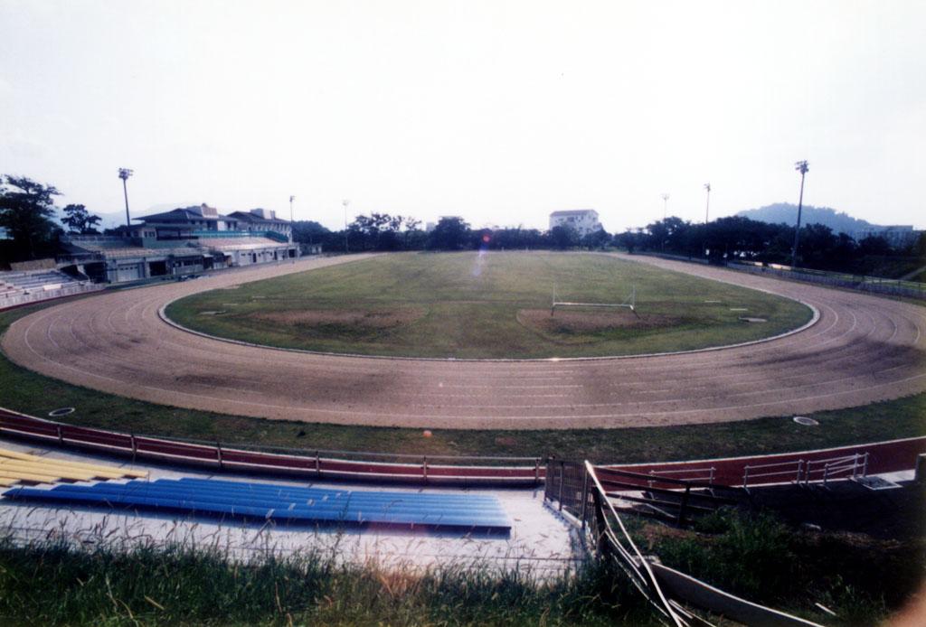 大村市営陸上競技場
